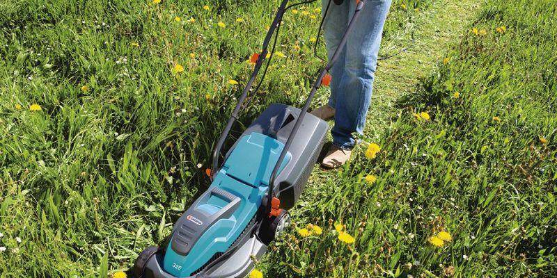 Máy cắt cỏ mini. Giá máy cắt cỏ cầm tay và máy cắt cỏ đẩy tay tốt nhất